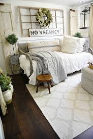 best 25 daybed couch ideas on pinterest daybed bedding spare