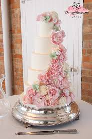 bespoke wedding cakes home
