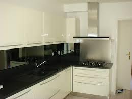 cuisine blanc noir meuble de cuisine blanc brillant cuisine cuisine marron meuble de
