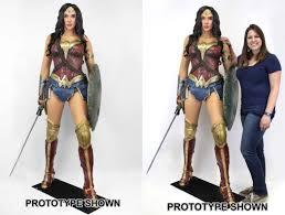 Wonder Woman Workout Clothes Wonder Woman Action Figures Actionfiguresdaily Com