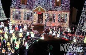 the great christmas light show satterwhite family great christmas light fight show disney hidden