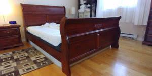 set de chambre bois massif set de chambre bois massif trouvez ou annoncez d autres meubles