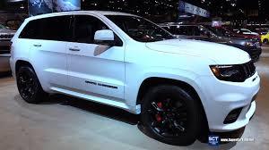 jeep cherokee sport interior 2017 2017 jeep grand cherokee srt exterior and interior walkaround