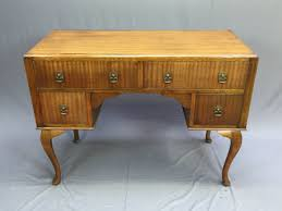 bureau acajou bureau ancien des ées 1930 en acajou vintage les vieilles choses