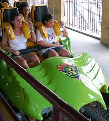 New York Six Flags Great Adventure Newsplusnotes A Blast From The Past Viper At Six Flags Great