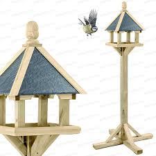 fabrication mangeoire oiseaux fabriquer mangeoire oiseaux sur pied atlub com