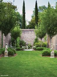 Small Walled Garden Ideas Even The Smallest Yards Can Some Superb Landscaping