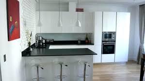cuisine taupe mat cuisine en l cuisine taupe mat cuisine mat taupe photo l en cuisine