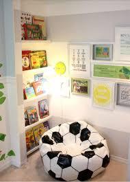 coin lecture chambre 10 merveilleuses idées pour aménager un coin de lecture dans la