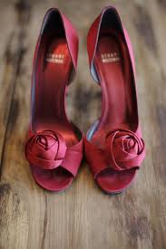 wedding shoes daily maroon bridal shoes burnett s boards daily wedding inspiration