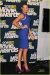 ALL GLOBAL MODELS: Blake Lively Sexy in Blue at 2011 MTV Movie