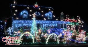 Christmas Lights Installation Toronto by See The Christmas Lights Display Of The Day From The Christmas