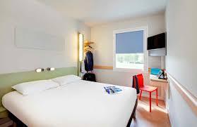 chambre hotel ibis budget ibis budget pourçain sur sioule hôtel zac les jalfrettes