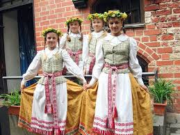 s and s lithuanian folk costumes