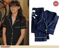 zooey deschanel s navy blue pajamas with white trim on new