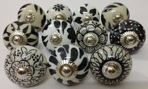 mixed black color design ceramic knobs handpainted ceramic door