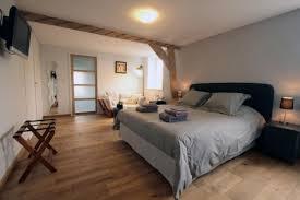 chambre d hote de chambre d hôtes de charme avec baignoire pour moment de relaxation