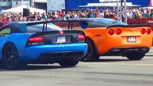 viper or corvette dodge viper srt10 vs corvette c6 zr1 drag race 1 4 mile sound