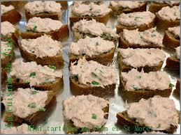 canap au thon mini tartines au thon et st moret la cuisine facile de tini