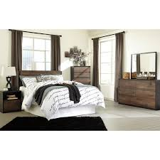 ashley bedroom signature design by ashley windlore queen bedroom group value city