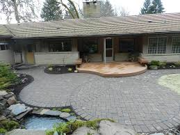 Choosing The Right Paver Color Landscape Design And Maintenance Blog Eugene And Springfield