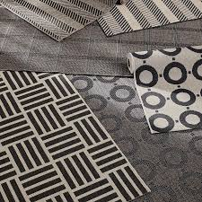 Black And White Outdoor Rug Create Drama With Black Carpets And Rugs
