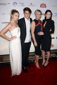 How Tall Is Yolanda Foster Hw | yolanda foster says bella and anwar also have lyme disease