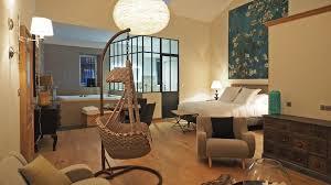 chambres d hotes les baux de provence bed and breakfast chambre d hôtes les variétés rémy de