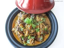 cuisiner le mouton tajine de mouton au curry recette de cuisine illustrée