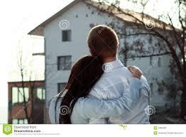 Haus Suchen Paare Die Nach Einem Haus Suchen Lizenzfreie Stockbilder Bild