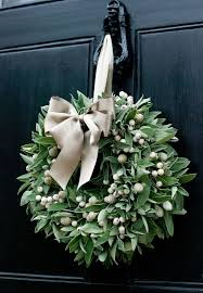 fresh wreath white berry berry and wreaths