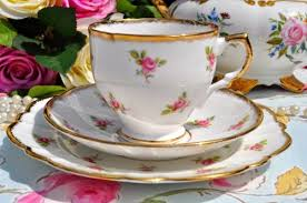 vintage china with pink roses salisbury vintage ditsy pink roses pattern teacup trio
