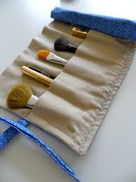 diy roll up makeup brush bag but i am going to make one for my