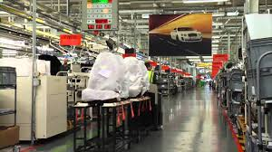 bentley crewe tour the bentley factory youtube