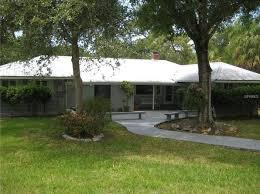 Backyard Guest Cottage by Guest Cottage Sarasota Real Estate Sarasota Fl Homes For Sale