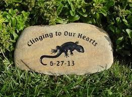 personalized garden stones lizard memorials personalized lizard memorial stones lizard