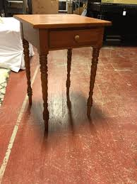 Pine Side Table Pine Side Table 19 1 2 X 18 Consignment Furniture Depot