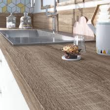 plan de travail cuisine sur mesure stratifié plan de travail stratifié effet chêne havane mat l 315 x p 65 cm