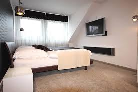 Wohnideen Schlafzimmer Bett Schlafzimmereinrichtung Mit Begehbarer Ankleide Raumax