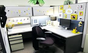 Awesome Desk Accessories by Awesome Cubicle Decorating Ideas By Office Decor Decorcubicle