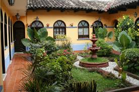 spanish style homes courtyards colonial estate luxury house