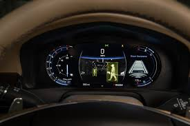 bentley steering wheel at night industry pulse richard seoane shows us how autoliv night vision