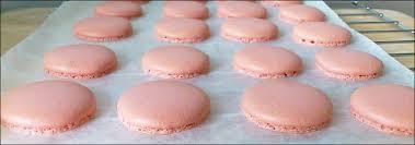 kitchentigress macarons french meringue method 法式马卡龙
