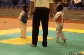 imagenes gif karate gif karate kids viral viral videos