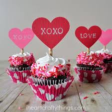 Valentine S Day Cupcake Decorating Ideas by Diy Valentine U0027s Day Cupcake Toppers I Heart Crafty Things