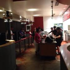 chipotle mexican grill 28 photos u0026 63 reviews mexican 525 s