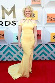 2016 acm red carpet looks best dresses from the academy of