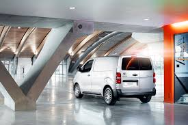 van toyota new toyota proace van offers more versatility than ever 64 pics
