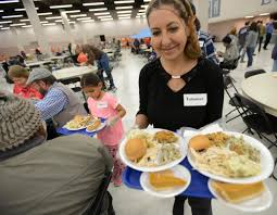 homeless and poor enjoy pre thanksgiving meal albuquerque journal