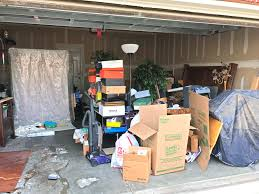 Trash House Trashouttuesday These People Left A House With A Garage Full Of